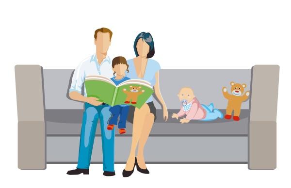 eltern mit kindern lesen vor