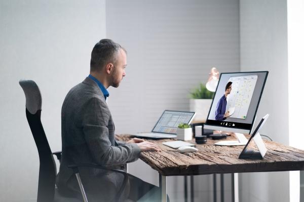 online virtual lecture webinar