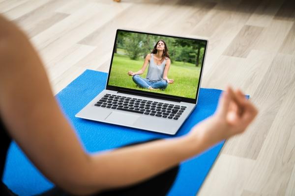 online yoga meditation und stressbewaeltigung