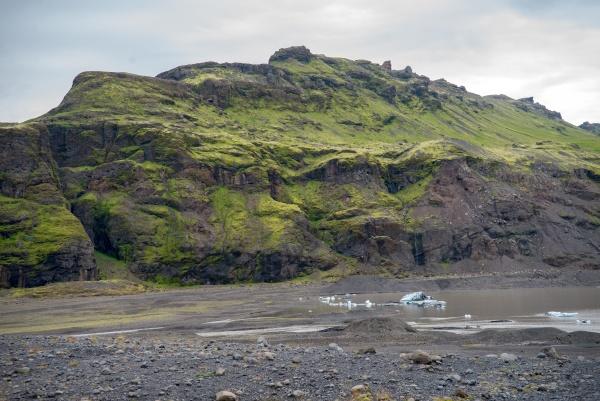 landschaft in der naehe des svinafellsjokull