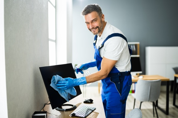 professioneller bueroreinigung janitor service monitor