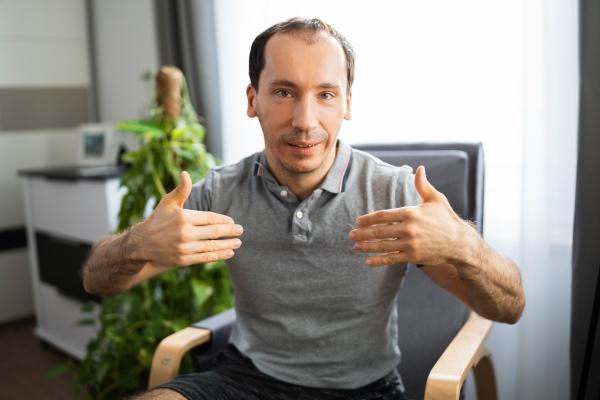 gebaerdensprache fuer erwachsenenbildung