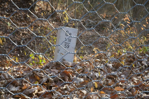 border, stone, at, the, state, border - 29424892