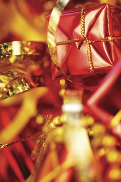 nahaufnahme von weihnachtsdekorationen