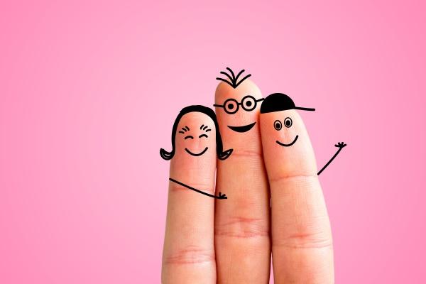 finger familienkonzept froehliche fingerfamilie laechelnd rosa