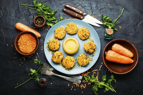 pflanzliche diaet koteletts aus karotten und