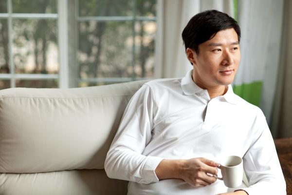 asiaten erwachsenen familienleben ein mann 30