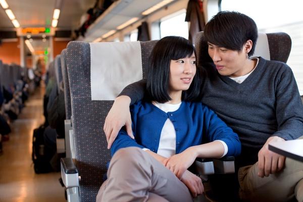 hug asian man und freund asia