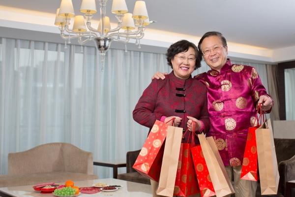 chinesische traditionelle verheissungsvolle festliche neujahr frau