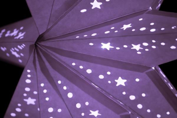 bunt, lila, weihnachtslaterne, stern, zur, weihnachtsmarktsaison - 30214674