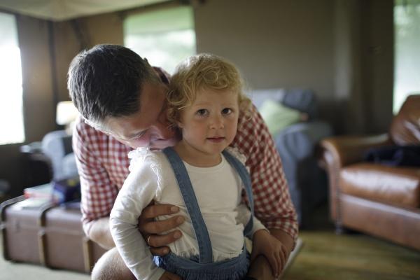 portrait, affectionate, father, hugging, toddler, daughter - 30217180