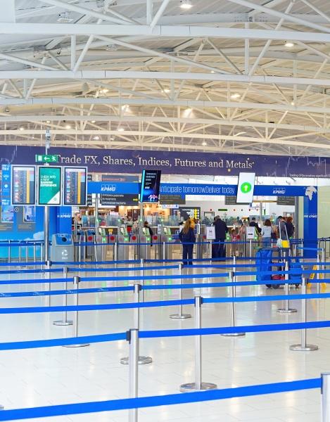 check, in, personen, flughafen, terminal, zypern - 30266319