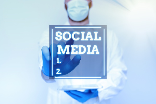 konzeptionelle darstellung social media internetkonzept online