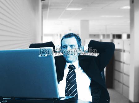 zufriedener manager teil 2