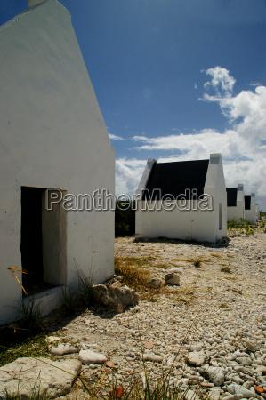 slave huts ii