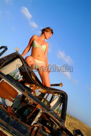 woman on autowrack 1