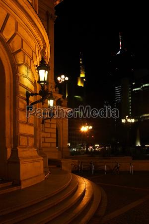 alte oper at night vertical