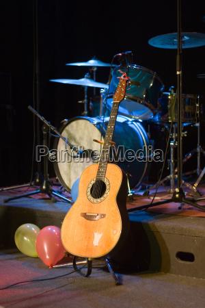 gitarre und schlagzeug