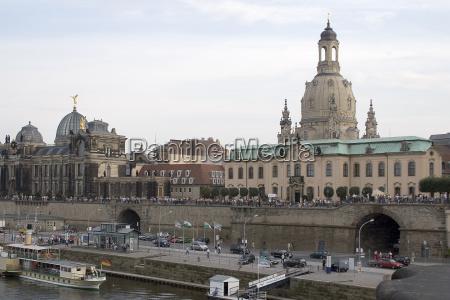 bruehlsche terassen und frauenkirche