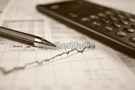 aktienkurs und taschenrechner