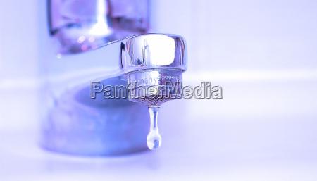blau silber perspektive zukunftsaussicht marmor waschbecken