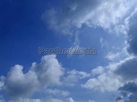 himmel und wolkenbruch