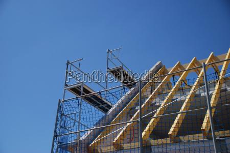 dachbau with scaffolding