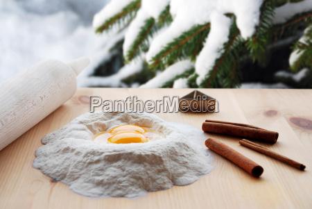 backtisch im schnee