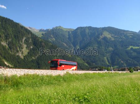 viaggiare veicolo trasporto autobus montagna strada