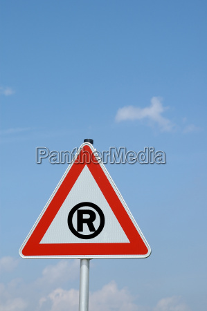 warning sign right
