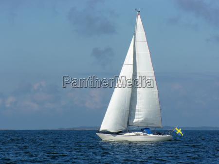 sailing yacht omega 42