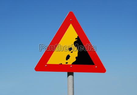 beware rockfall
