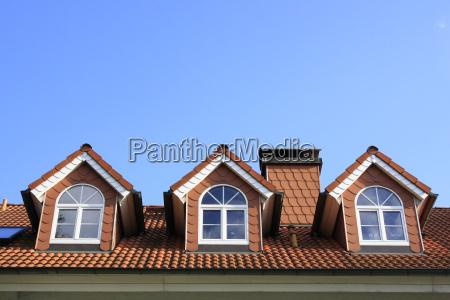 drei dachfenster