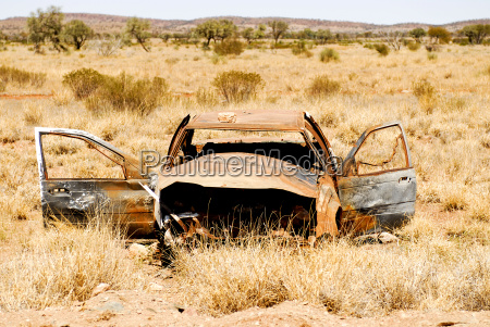 car wreck in the outback australia