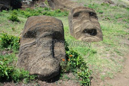 moai steinbruch krater