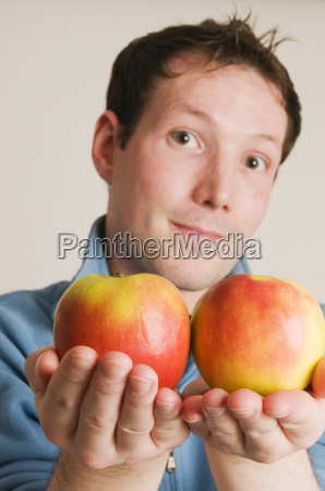 we offer two apples