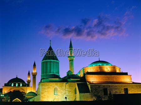selimiye moschee in konya tuerkei
