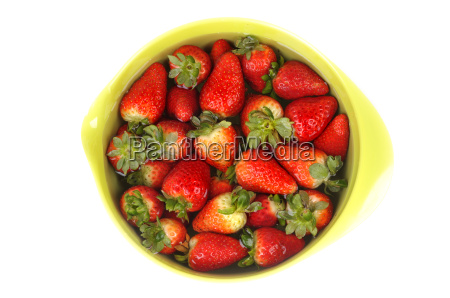 strawberries in a bowl with water