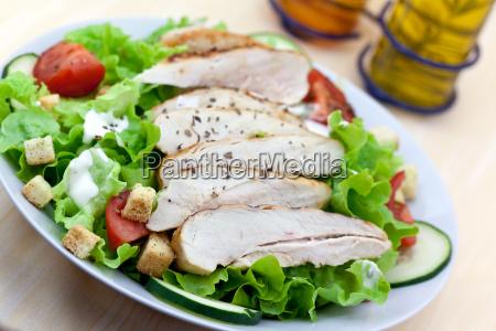 caesar salat mit huehnerbrust