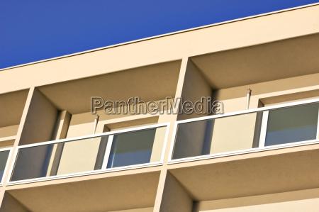 hotel raeume windows fenster gebaeude