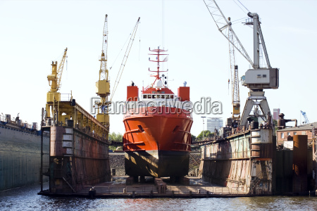 ship in floating dry dock