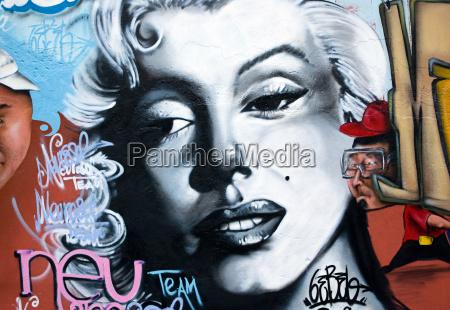 staedtische graffiti kunst