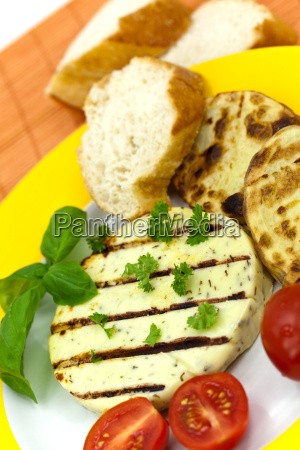 grill aubergine mit grillkaese