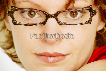 zeitgenoessische brillen