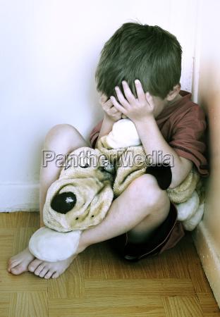 konzept von kindesmissbrauch