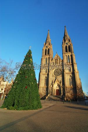 church and christmas tree