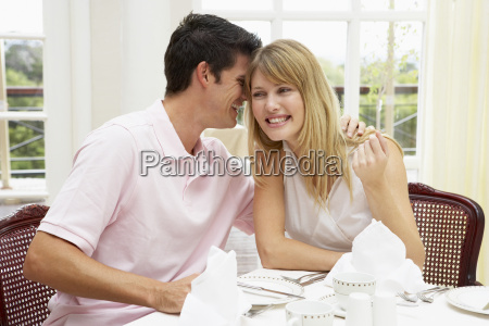 junge, paar, genießt, hotels, mahlzeit - 2328757