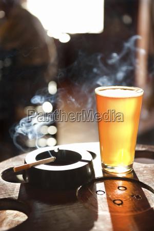 zigarette und bier