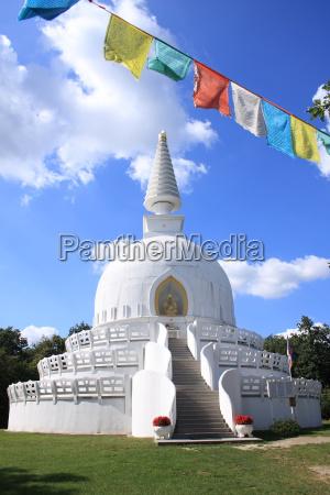 die groesste stupa von europa