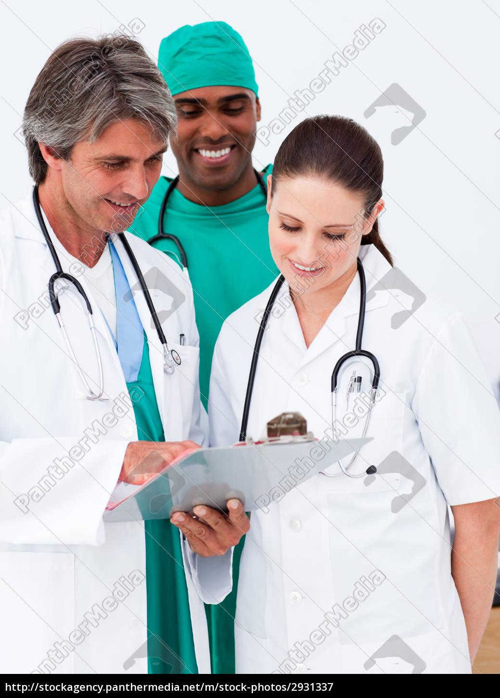 ärzteteam, ein, medizinisches, studium, der, geschichte - 2931337